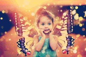 蝶は変容と変化の象徴。サナギから蝶へ生まれ変わり上昇する過程から導きだされるサイン